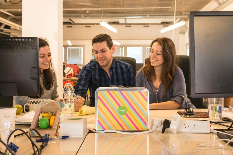 Fiverr Spotlight on dapulse Blog 1